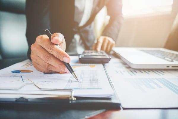 Fichier Décideurs DAF – Direction Administrative et Financière